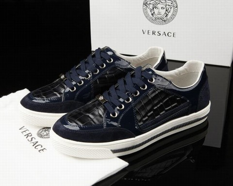 chaussure de ville versace chaussure basket versace chaussures de ville versace. Black Bedroom Furniture Sets. Home Design Ideas